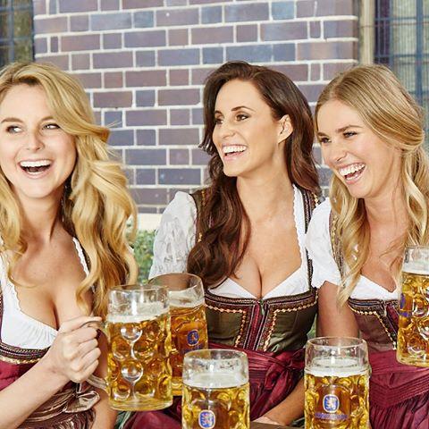 Oktoberfest mujeres alemanas hermosas bonitas guapas rubias cheve chela beben toman