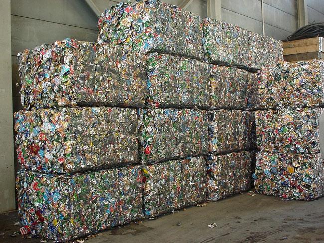 Reciclaje latas reciclar cerveza cheve chela medio ambiente ambiental impacto protección cuidado